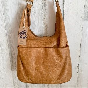 NWT American Leather Co. Carrie Hobo Shoulder Bag
